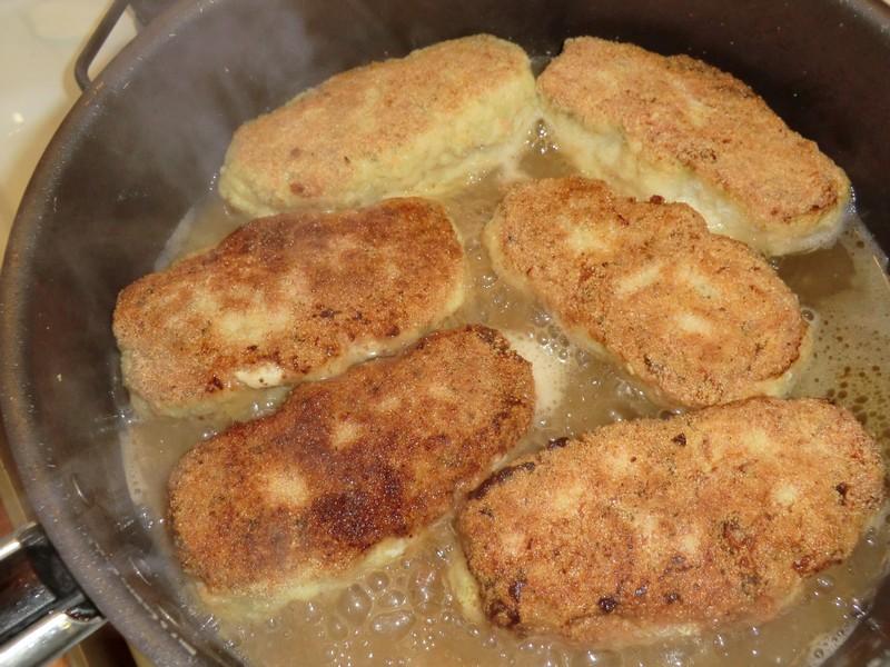 Как сделать куриные котлеты с сыром внутри