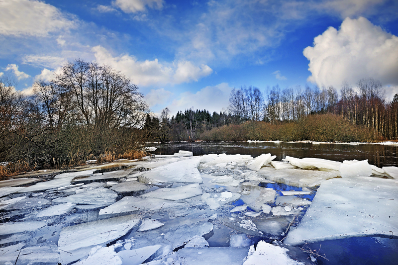 08 ice river 1920 12500303